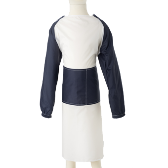 Mess Apron in white and blue.